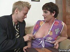 Cutie fuori della porno free espanol piscina per giocare con la sua figa